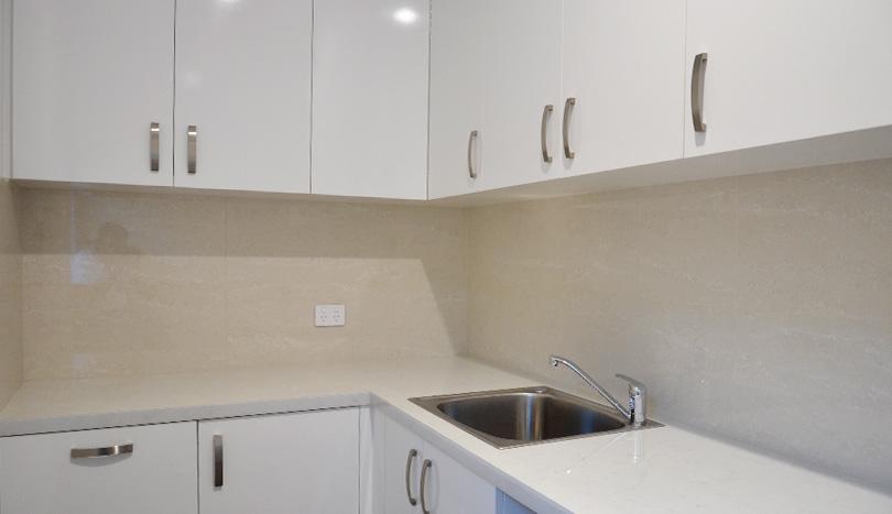 3 Bedroom House For Rent Klemzig | Laundry